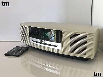 BOSE ® WAVE Music System ARWCC4 - creme/ weiss - CD Laufwerk - Wecker - AUX IN - mit Rechnung und Gewährleistung - sofort verfügbar