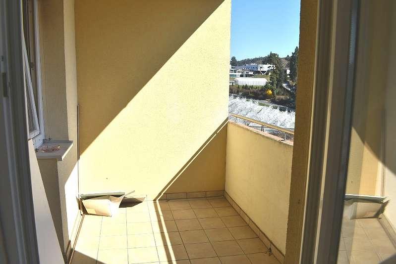 ! ProvionsfreI! Nette 2-Zimmerwohnung mit Loggia und toller Aussicht!