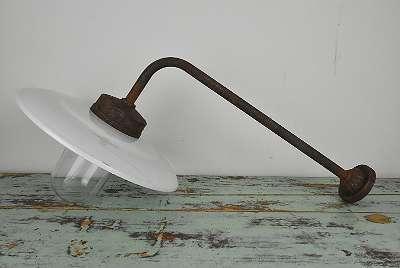 Antike Hof Lampe / Haus Lampe / Emaille Lampe