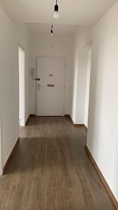 Renovierte 3 Zimmerwohnung im 2. Stock