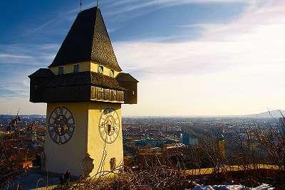 3 Tage Städtetrip in Graz im sehr guten 4* Hotel inklusive Frühstück, Sauna-Nutzung und Willkommensgeschenk um nur ?64,99 p. P. - Palladium Reisen
