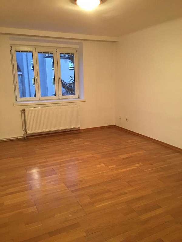 2 Zimmer Wohnung in ruhiger Lage (Provisionsfrei)