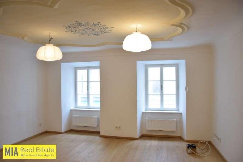 Bild 1 von 15 - Wohnbereich - Top renovierte Wohnung mit großer Küche Miete Rechte Altstadt Salzburg