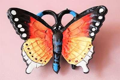 Entzückender, handbemalter Schmetterling im Vintagelook aus Gusseisen als Ablage / Fernbedienung Handy Schmuck Ringe Bestecke Pinsel