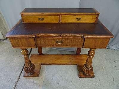 kleiner antiker Schreibtisch Damenschreibtisch Kinderschreibtisch
