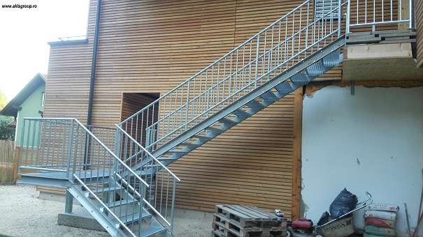 Stahltreppen - Wien - TOP ANGEBOTE ! StahltreppenDirekte Hersteller! Sind Treppen Stahl jedes Modell, Spezialist Treppe Stahl, wir Treppen verzinktem Stahl Leitern, Stahl lackiert Treppe moderne Treppe schöne Aussentreppe, Treppe mit Geländer Stahlgeländer Schmiedeei - Wien