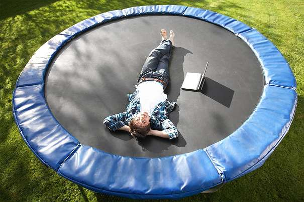 gartentrampoline trampoline outdoor trampoline fitness. Black Bedroom Furniture Sets. Home Design Ideas