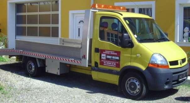Abschleppwagen KFZ Werkstätte