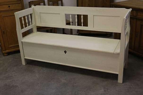 sitzbank wei replik schabby chic landhausstil 590 4600 wels willhaben. Black Bedroom Furniture Sets. Home Design Ideas