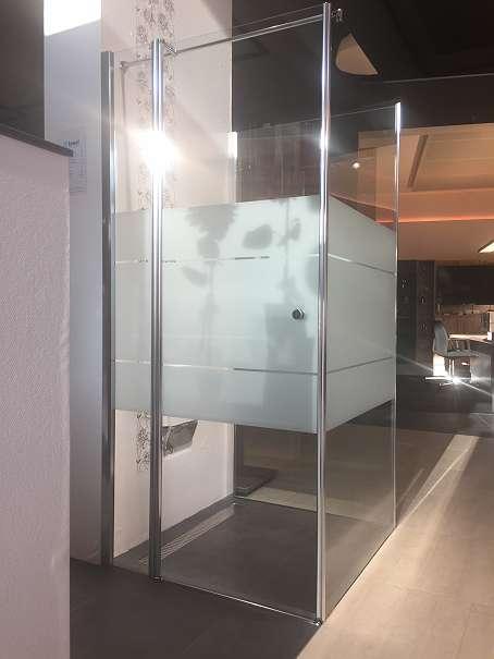 duschkabine von duka inkl schwenkt r und seitenteile. Black Bedroom Furniture Sets. Home Design Ideas