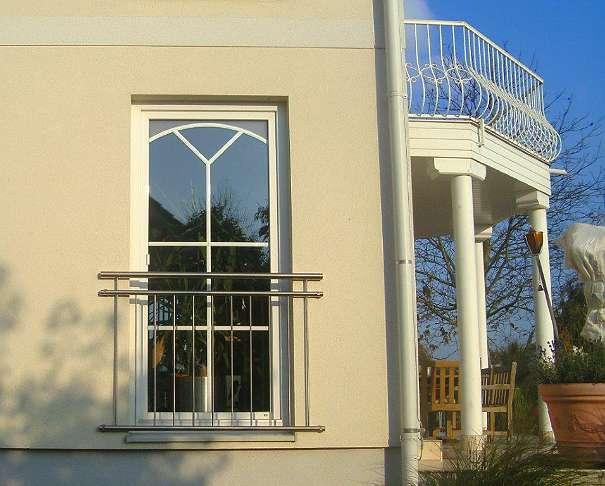 Franzosische Balkone Und Fenstergitter