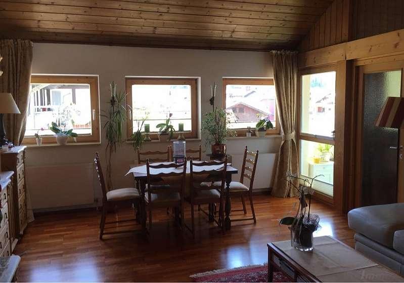 Wohnen Unterm Dach 3 Zimmer Wohnung In Ausserst Zentraler Lage Von