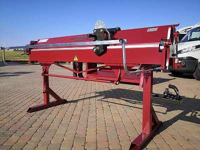 Abkantbank Biegemaschine RED 2m 1.2mm Stahl Abkantmaschine NEU Kantbank Schwenkbiegemaschine Biegemaschine