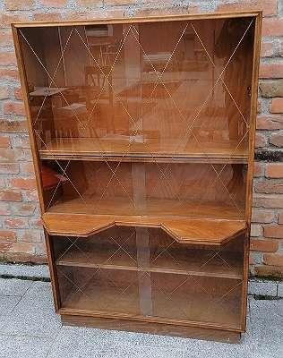Design - Vitrine/ Bücherkasten um 1950
