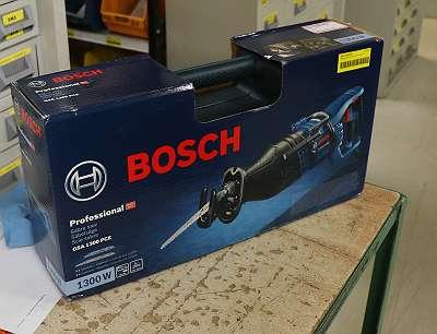 BOSCH Säbelsäge 1300 Watt (GSA1300PCE) inkl. Schutztasche