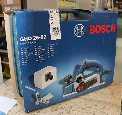 BOSCH Hobel 710 Watt, 82 mm Hobelbreite (GHO2682)