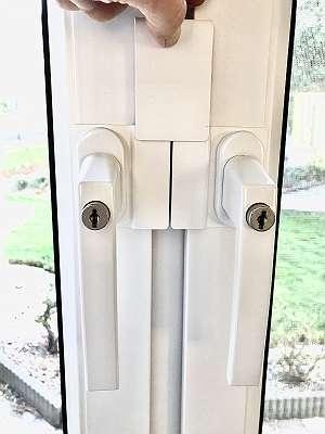 Erabos Fenstersicherung FZ300 - Einbruchschutz ohne bohren - Einbruchsicherung - Fenstergriffsicherung
