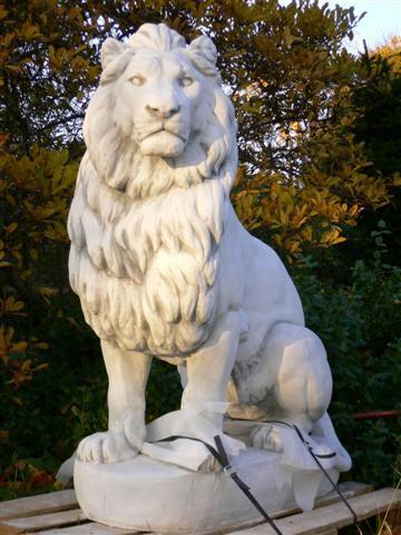 Steinfiguren Garten riesiger löwe 570 kg 136 cm hoch steinfigur könig der tiere garten