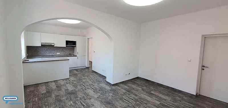 Bild 1 von 11 - Wohnzimmer
