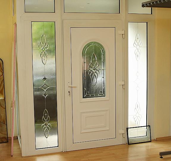 t ren mit kunststoff haupteingangst ren massfenster 500 2800 ungarn willhaben. Black Bedroom Furniture Sets. Home Design Ideas