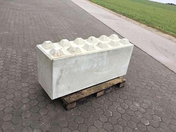 betonsteine mauer preis natursteine gartenmauer betonsteine gartenmauer preise prima steine. Black Bedroom Furniture Sets. Home Design Ideas