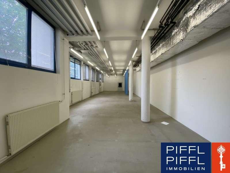 LAGER im Erdgeschoss eines Bürohauses, 116 m², € 922,20