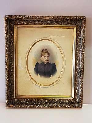 Portrait einer Frau- Kolorierte Photographie - Goldener Rahmen