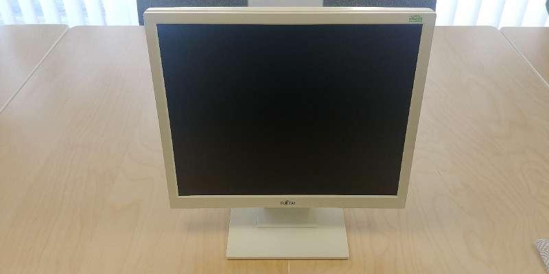 Fujitsu E19-9 ECO Monitor + GARANTIE