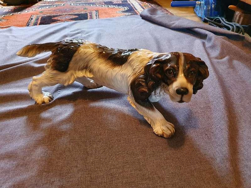 Stöbernder Hund von Fa. GOLDSCHEIDER Wien 50 cm KERAMIK Tiere