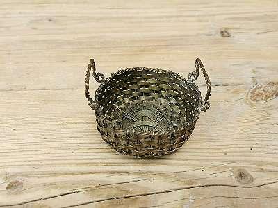 Miniatur Metallkörbchen