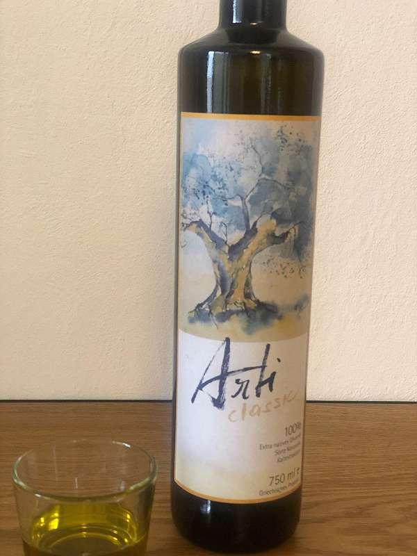 griechisches Olivenöl 750ml - 100% reinsortig, kaltgepresst und von einem Jahrgang