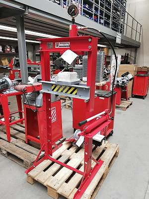Holzmann Werkstattpresse 20 Tonnen WP20H
