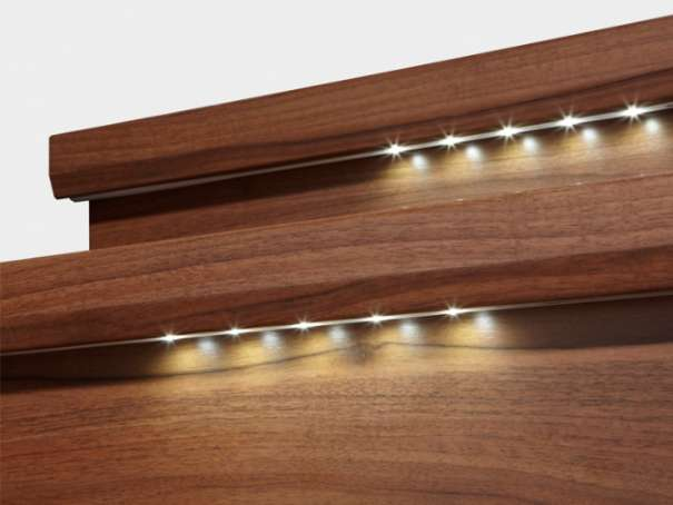 trenovo laminat treppensystem f r renovierung und neubau trittstufen beleuchtet. Black Bedroom Furniture Sets. Home Design Ideas