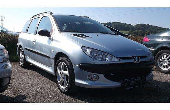 peugeot 206 sw sport premium hdi 90 kombi family van 2003 km willhaben. Black Bedroom Furniture Sets. Home Design Ideas