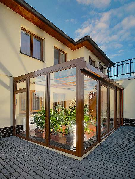 wintergarten sommergarten 300 85110 slowakei willhaben. Black Bedroom Furniture Sets. Home Design Ideas