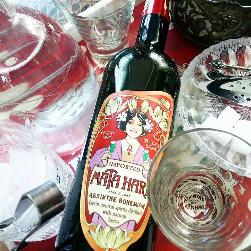 ABSINTH MATA HARI ist ausgezeichnet mit dem World Spirits Award Gold 2008 Absinthe Grüne Fee Jahrhundertwende Jugendstil Schnaps Geschenk Feier Aperitif Digestif Likör Alkohol
