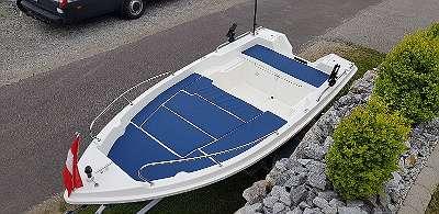 400 DLX Deluxe Boot Angelboot Motorboot Ruderboot Fischerboot Badeboot Familienboot GFK Boot auf Wunsch mit Bootsanhänger Außenborder Motor Bugmotor Lieferfläche Reling Ruder Ankerwinde Badeleiter Echolot viel Staufläche Fuchs