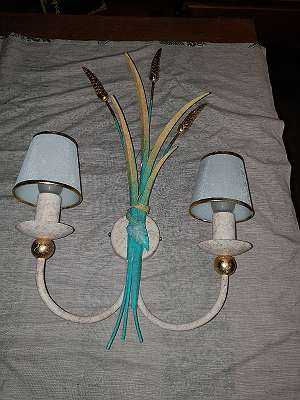 """T O T A L A B V E R K A U F -Entzückende Wandlampe mit Galsschirmchen - Lt. WKO dürfen wir auch jetzt unseren Lieferservice unter Einhaltung der Vorsichtsmaßnahmen anbieten- über 500 weitere Artikel im Willhaben Shop unter """"ANTIKMICHL"""""""