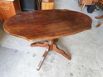Gründerzeit Tisch um 1890 - Wurm wurde behandelt - Kostenlose Zustellung Bordsteinkante innerhalb einer Tour-JEDEN SAMSTAG VON 8-12 UHR GEÖFFNET-Über 400 weitere Artikel im Willhaben Shop unter