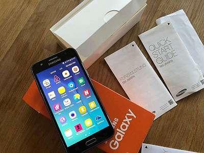 Samsung Galaxy J3Samsung Galaxy J3 J320F schwarz Micro-USB-B 2.0 Offen für alle Netze mk1 zz 012 tng mbi