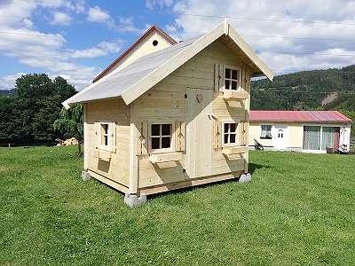 Grosses Spielhaus mit gratis Aufbau