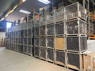 Gitterboxen Eisenboxen Metallboxen Euroboxen UIC Boxen