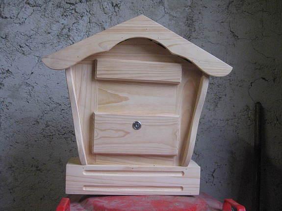 briefkasten aus holz holzpostkasten 2 verschiedene modelle handarbeit neu 45 3441. Black Bedroom Furniture Sets. Home Design Ideas