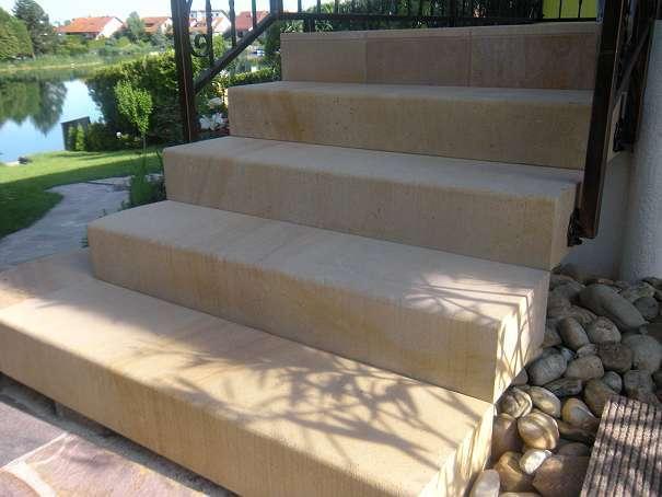 blockstufen sandstein gelb naturstein 54 2453. Black Bedroom Furniture Sets. Home Design Ideas