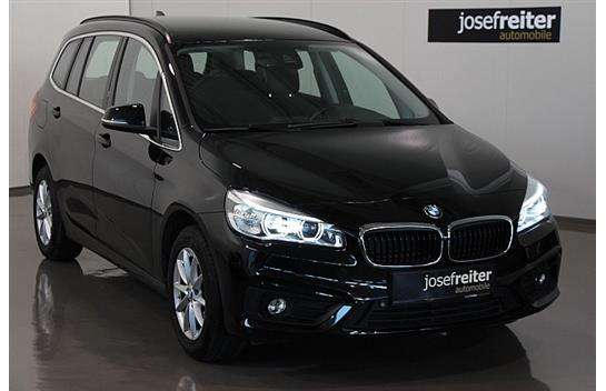 bmw 2er reihe 218d gran tourer 7 sitzer navi kombi 2016 km willhaben. Black Bedroom Furniture Sets. Home Design Ideas