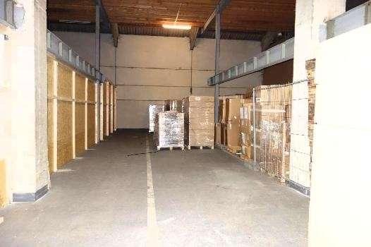 Lager- , Frei- und Büroflächen zu vermieten, 11500 m², € 3