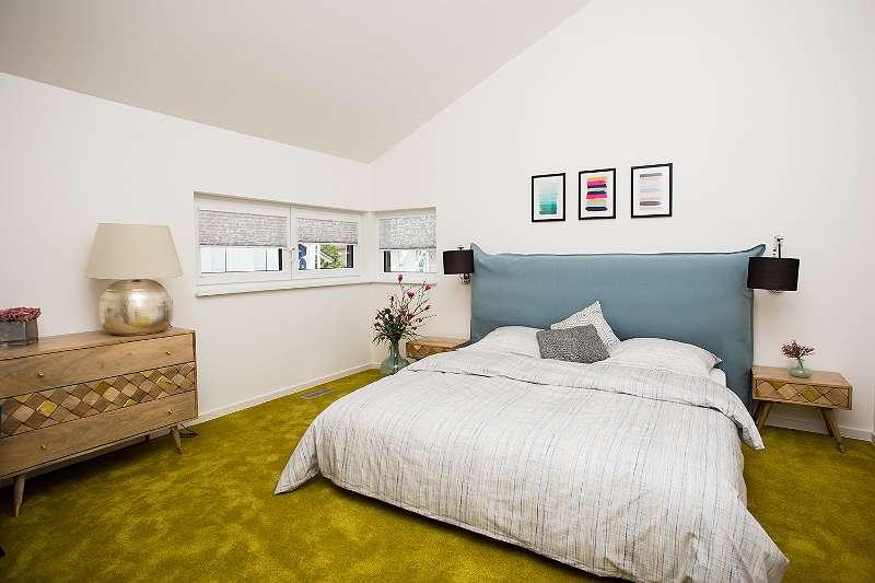 in der zukunft angekommen plusenergie wohntraum schl sselfertig mit k che 160 m. Black Bedroom Furniture Sets. Home Design Ideas