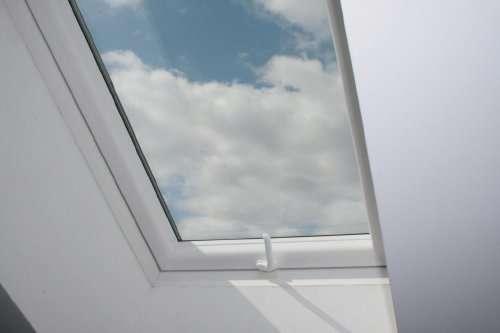 skylight dachfenster pvc alu 780x1180 eindeckrahme 290 1210 wien willhaben. Black Bedroom Furniture Sets. Home Design Ideas