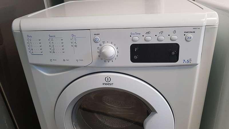 Aktion Indesit Waschtrockner 7 5 Wie Neu Mit 6 Monate Garantie