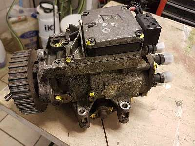Einspritzpumpe VW Audi Skoda 059130106E 0470506010 0986444070